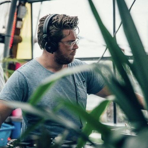 Alex van der Zwan's avatar