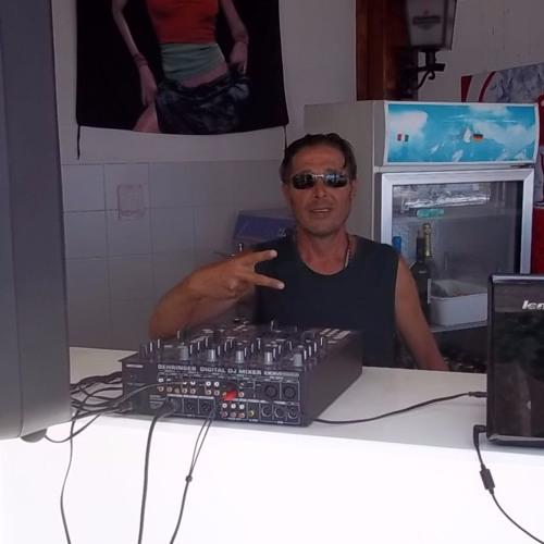 saL egiS's avatar