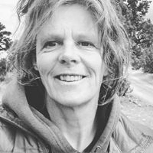 Sarah Leamy's avatar