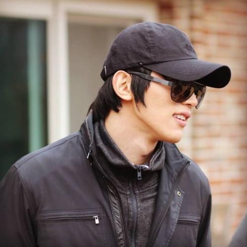 Mi Chan's avatar