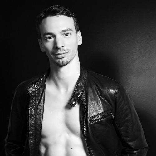 jonathan carlucci's avatar