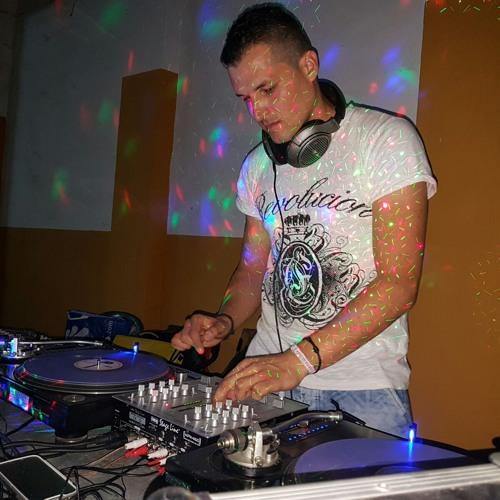 KHAN DJ's avatar