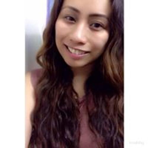 April Lirpa's avatar