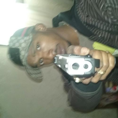 1400bellboyjhandsome's avatar