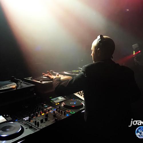 Joachim J's avatar