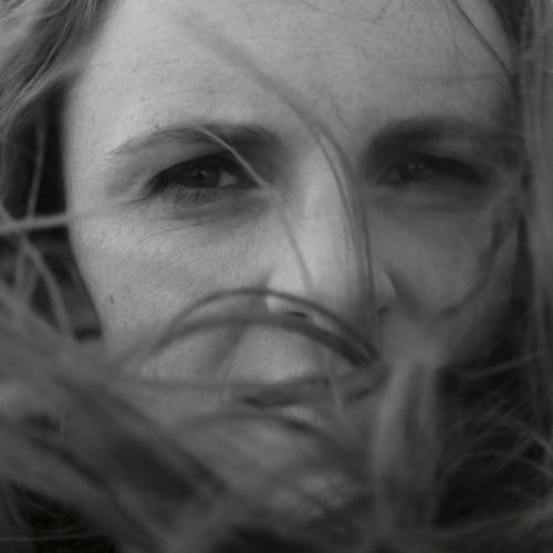 Debra Fotheringham's avatar