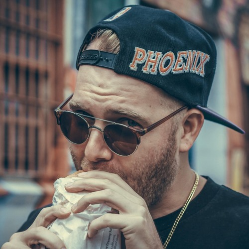 Kaelyn Behr's avatar