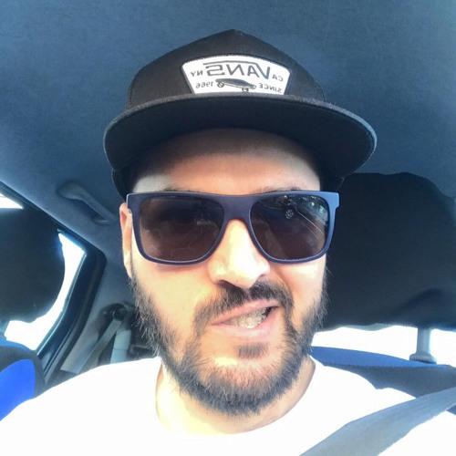 George L's avatar