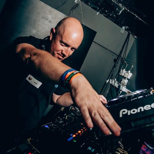 DJ Ryd3r's avatar
