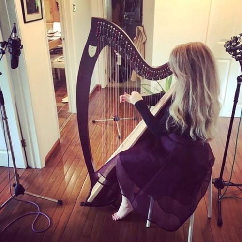 Amy the Harp lady's avatar