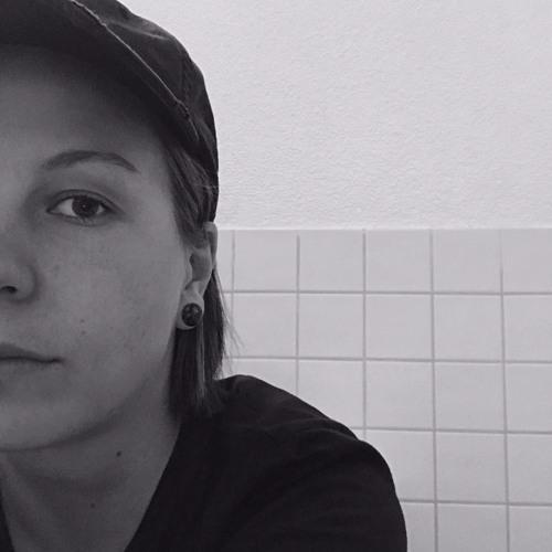 Sam Julie's avatar