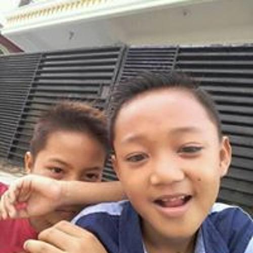 Dak Tau's avatar