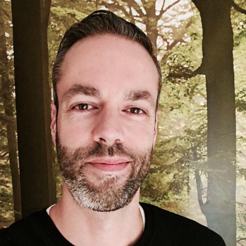 LiveRewired's avatar
