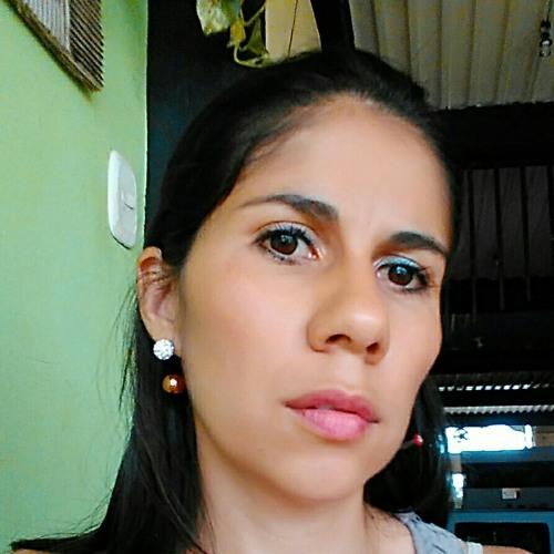 liz jaramillo's avatar