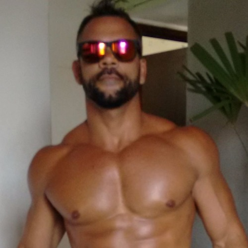 FredEsquivel's avatar