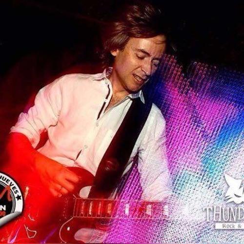 Eduardo Casas Rojo's avatar