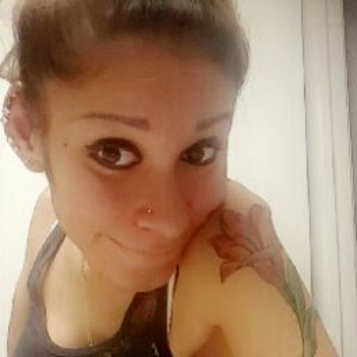 Ana Silva's avatar