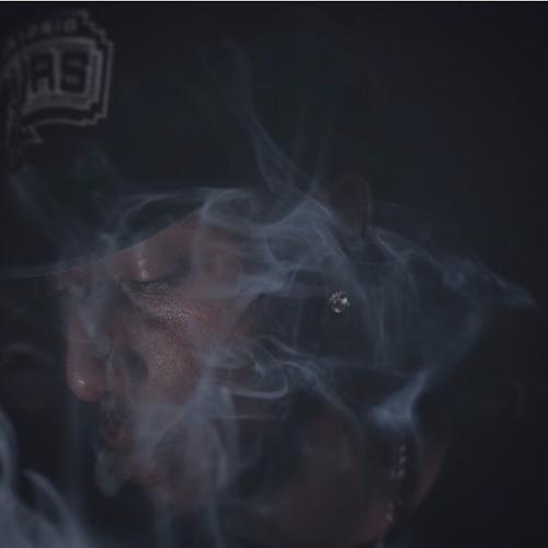 YFK Henny's avatar