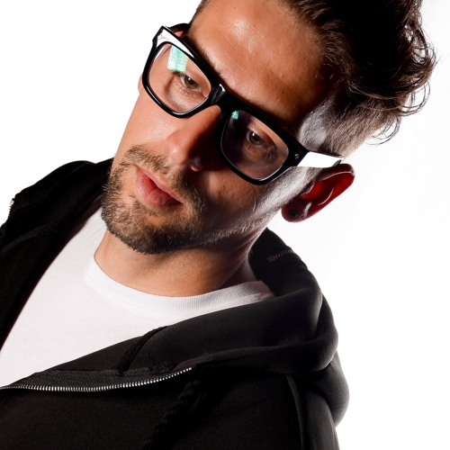 MR.KRIS's avatar