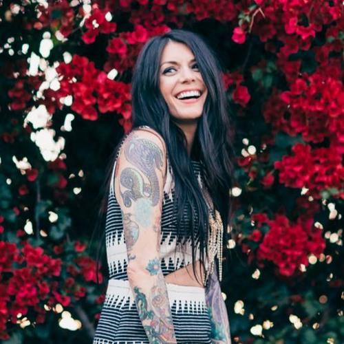 Holistic Fashionista's avatar