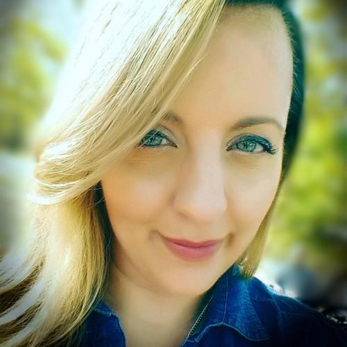 Megan Gifford's avatar