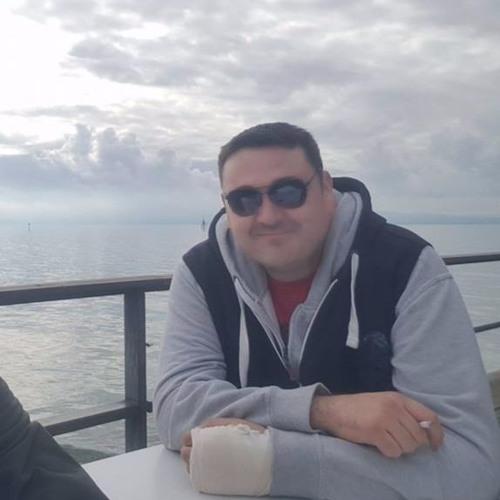 Alex Bozinovski's avatar