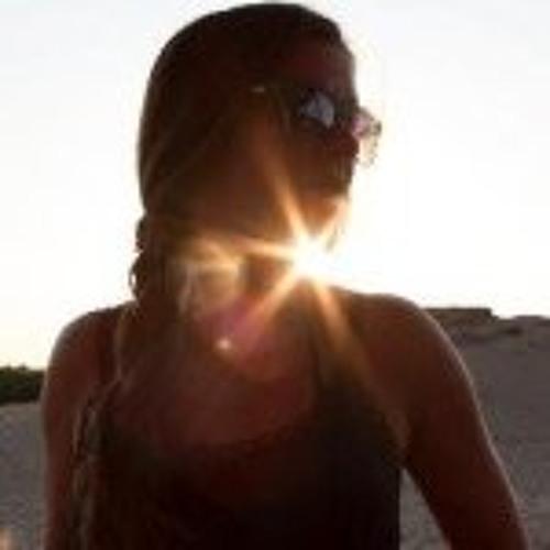 Veronica Lindsey's avatar