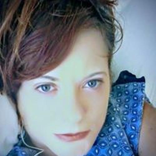 Esther Christianson's avatar