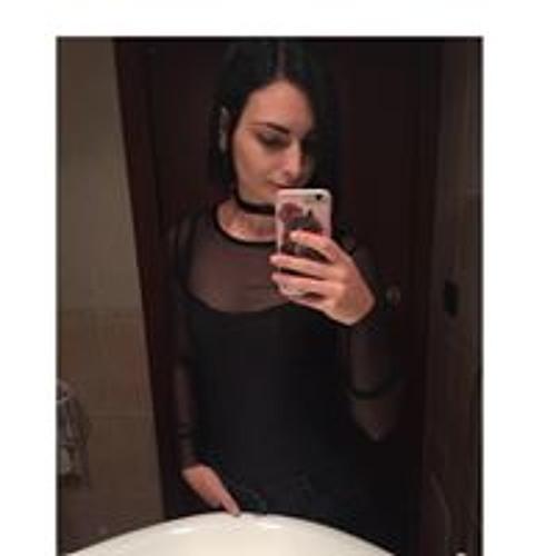 Tiffany Benetton's avatar