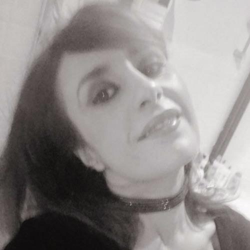 Ouahida Assadi's avatar