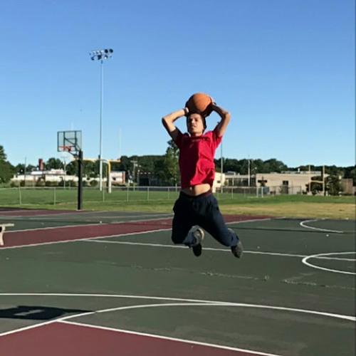 Isaiah Rodriguez's avatar