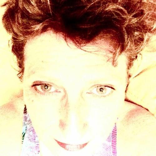 carole chargueron's avatar
