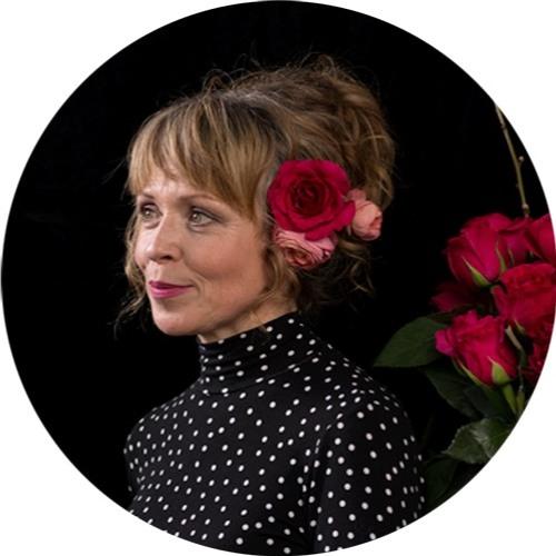 Lizzie Everard's avatar