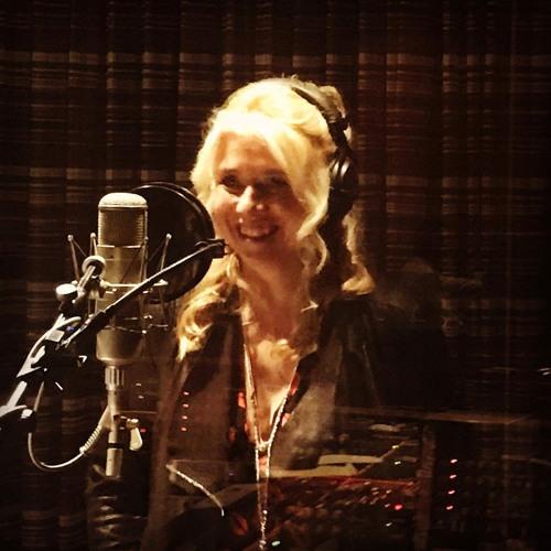 Mimi Hart's avatar