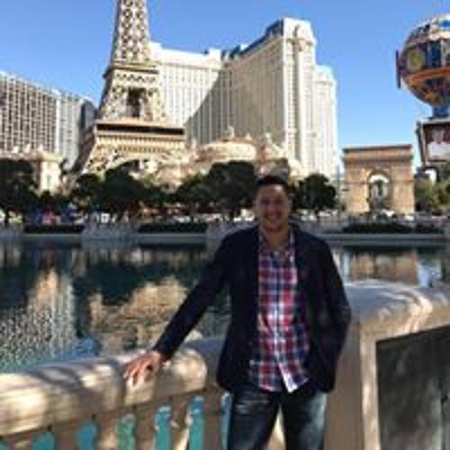 Alvaro Torres's avatar