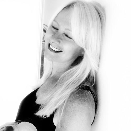 Michelle Stratford's avatar