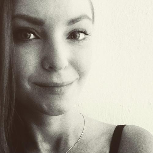 Lucie Szalonnás's avatar