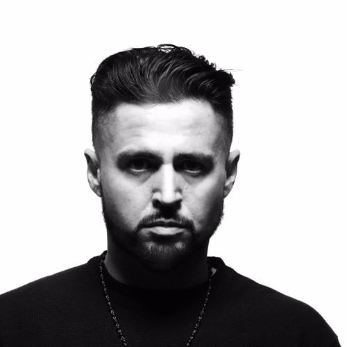 Aaron Janx's avatar