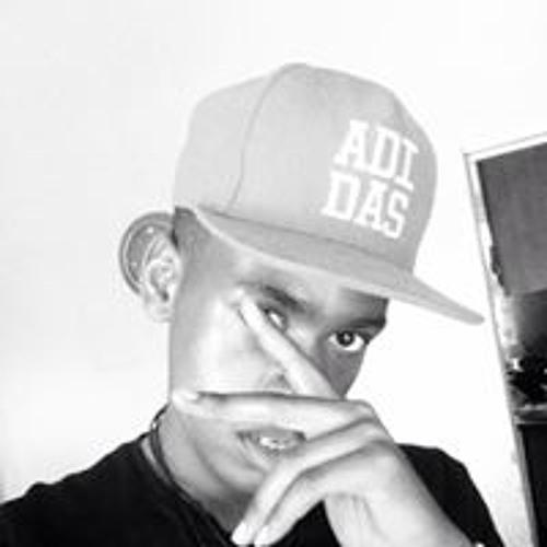 Damn Black's avatar