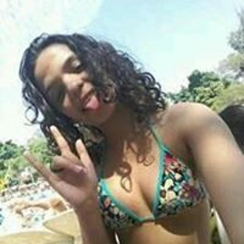 Daniela Mello's avatar