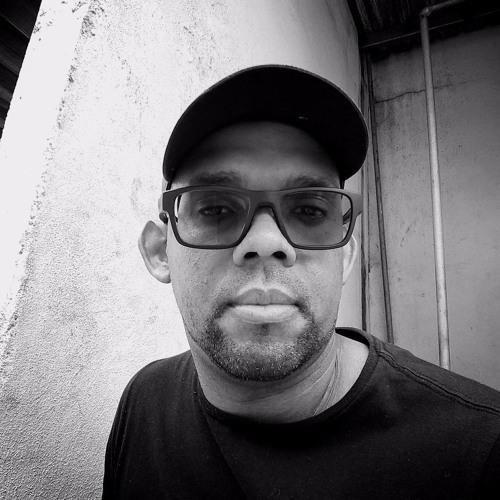 Cesar Abrantes's avatar