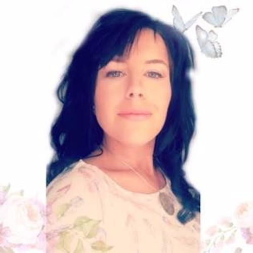 Mercedes Schnell's avatar