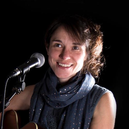 Becky Higg - singer-songwriter's avatar