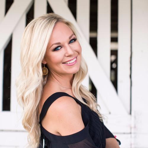 Alecia Aichelle's avatar