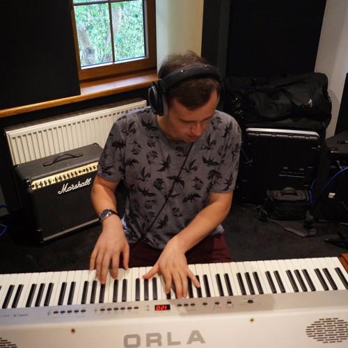 Piotr Lewandowski (LevelPiano)'s avatar