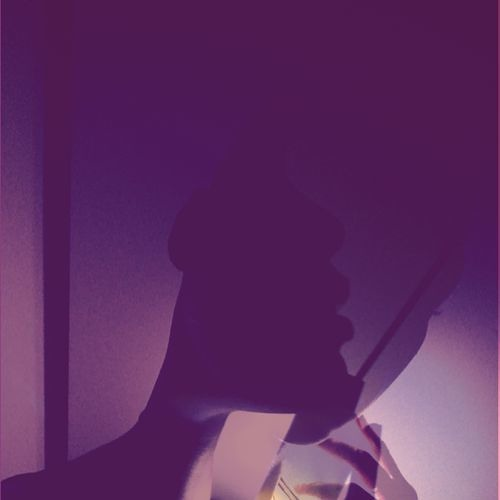 TRVΛNIΛ's avatar