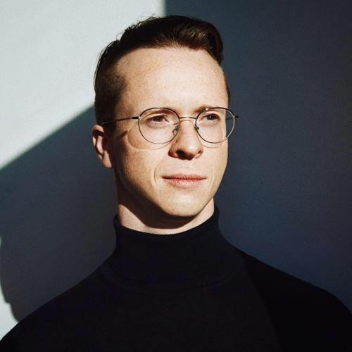 Simon Matthew Valentine's avatar