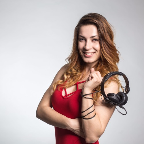 DJ LayDee Sue's avatar