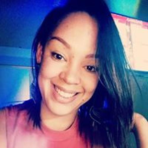 Ariane Oliveira's avatar