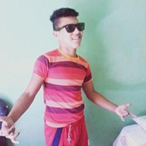Lucas Neves's avatar